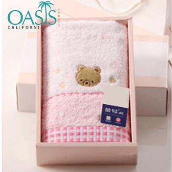 Bulk Soft Pink Teddy Motif Baby Bath Towel Manufacturer
