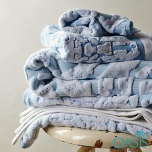 Wholesale Pearly Blue Self-Embossed Plush Bath Towels Manufacturer