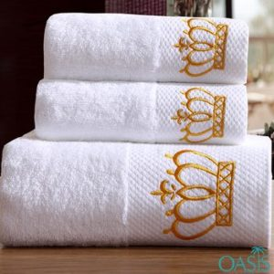 Wholesale Designer Golden Crown White Hotel Towels Manufacturer