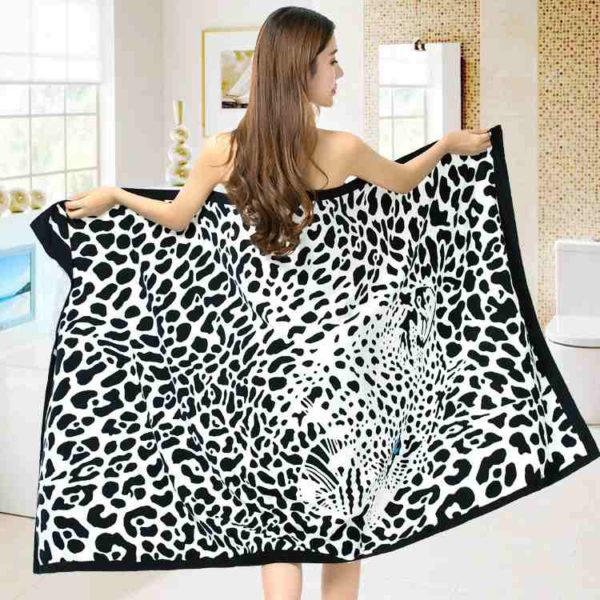 Wholesale The Majestic Black Beach Towels Manufacturers