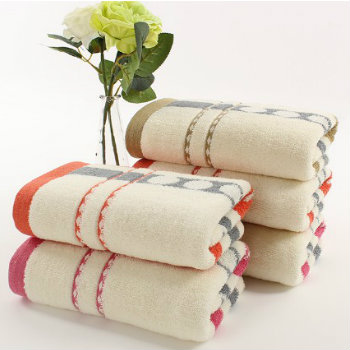 Wholesale Decorative Off White Luxury Towels Manufacturer