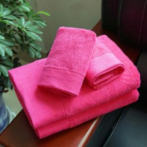 Wholesale Magenta Magic Custom Towel Set Manufacturer