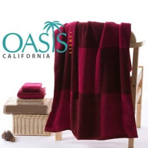 Wholesale Rich Velvety Red Blocked Towels Manufacturer