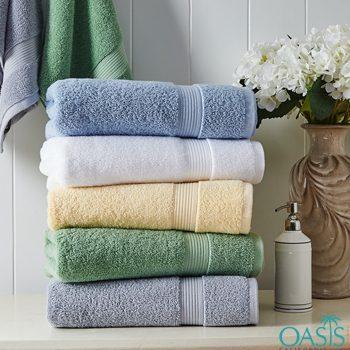 Wholesale Stark Color Range Hotel Towels Manufacturer