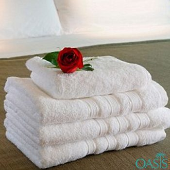 Wholesale Pure White Hotel Towels Manufacturer